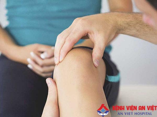 Giới thiệu cách chữa trị đau khớp gối ở người trẻ tuổi